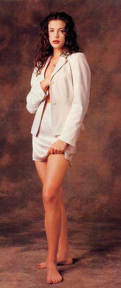 Liv Tyler Hair, Liv Tyler 90s, Steven Tyler, Bebe Buell, Portraits, Gal Gadot, Beautiful Actresses, Most Beautiful Women, 90s Fashion