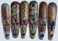 photo aboriginal-dot-painted-mask-50cm-553-p.jpg