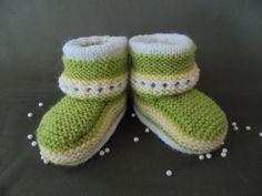 Handmade Knitted Newborn Toddler Baby Unisex Green Booties Socks Merino Wool  #Babybooties #babysocks #babyshoes #unisexshoes #unisexsocks #unisexbooties #wool #woolsocks #warm #merinowool #merinowoolsocks #newborn #toddler #firstshoes #newbornsocks #newbornshoes #girls #boys #unisex #booties #socks #shoes