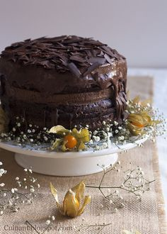 Edito esta entrada para deciros que con esta tarta he quedado finalista en el concurso al que me presenté de Chocolates Valor. Muchas gr...