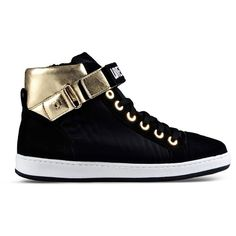 Discover the Moschino Women, Men and Kids Collections. Visit the Official Store Now! Golden Sneakers, Black High Top Sneakers, Black High Tops, Black Shoes, Shoe Boots, Toe Shoes, Shoes Sneakers, Sneakers Fashion, Me Too Shoes