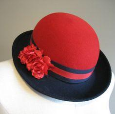 vintage 70s Hat / Felt Wool Bowler w. Flower / Chapeau / Doeskin Felt / Red and Navy