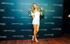 Gisele Bündchen lança coleção de sua grife de lingerie