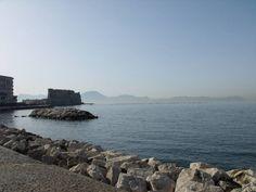 Lungomare di Napoli e Castel dell'Ovo