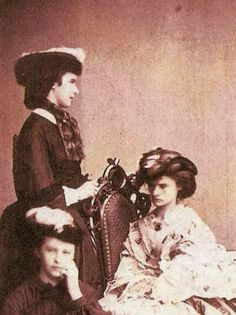 Princess Sisi with her sisters! Helena or Nene (sitting at the chair) and the little Sophie Charlotte!!