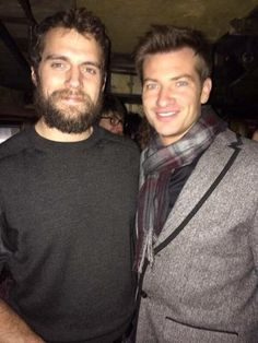 Henry Cavill News: Happy Weekend: Henry With Fans In London Tonight