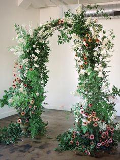 Wedding Arbors, Wedding Mandap, Wedding Ceremonies, Wedding Receptions, Wedding Aisles, Wedding Backdrops, Wedding Ideas, Wedding Flower Arrangements, Flower Bouquet Wedding