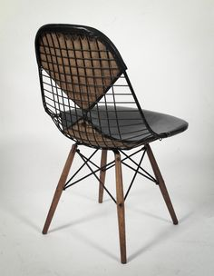 Sexy Back Charles Eames Wire Bikini Chair