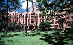 Luxury Beachfront Hawaii Resorts | The Royal Hawaiian, A Luxury Collection Resort - Take a Tour | Luxury Family Oahu Resorts