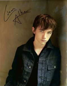 hm....Damian? Maybe? (Liam Aiken)