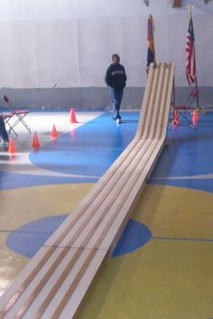 Pinewood Derby -- AWESOME track!