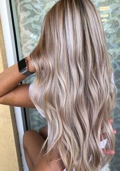 71 most popular ideas for blonde ombre hair color - Hairstyles Trends Blonde Hair Looks, Blonde Hair With Highlights, Brown Blonde Hair, Blonde Hair Lowlights, Blonde Fall Hair Color, Blonde Honey, Medium Blonde, Honey Hair, Hair Medium
