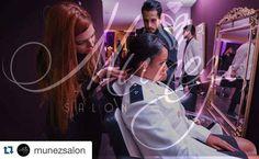 #Repost @munezsalon with @repostapp.  Em breve você contará com o serviço que merece em um ambiente confortável inovador e de acesso super fácil. Leve também para seu evento! Munez Salon Inspiração é visual! #salãodebeleza #loiras #blond #blondegirl #qualidade #atendimento #confiança #profissionalismo #saude #beleza #bemestar #eventos #formatura #porquem #édemelhor Créditos a imagens Sensation! @eventosensation @robertnelsonfoto Agende já seu horário! (62) 9118-0328 by vilmarjuniorjr…