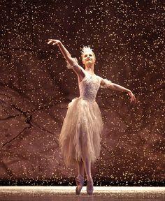 Jenna Roberts as The Snow Fairy in Birmingham Royal Ballet's The Nutcracker