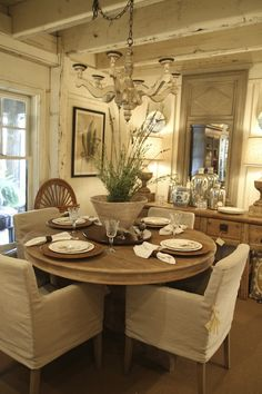 neutral dining room, beams