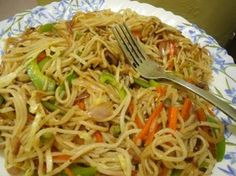 Is eating Instant noodles healthy or not ? Romanian Food, Romanian Recipes, Pizza Recipes, Noodles, Tortillas, Spaghetti, Food And Drink, Healthy, Ethnic Recipes