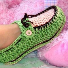 Crochet Button Adult Loafers with Pattern