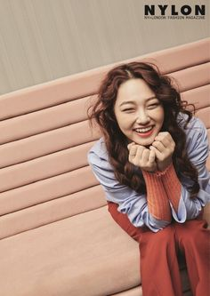 Gugudan were full of smiles for 'Nylon'!All nine girls had a springtime photoshoot with the magazine, and each photo emphasized the girls' br… Kpop Girl Groups, Korean Girl Groups, Kpop Girls, Jin, Tomboy Outfits, Cosmic Girls, Actor Model, Girl Crushes, K Idols