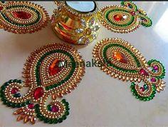 Rangoli Designs Flower, Rangoli Ideas, Rangoli Designs Diwali, Diwali Rangoli, Flower Rangoli, Thali Decoration Ideas, Diy Diwali Decorations, Diwali Craft, Diwali Diy