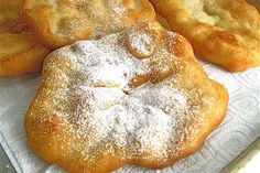 County Fair Fried Dough cups King Arthur Unbleached All-Purpose Flour* 2 teaspoons baking powder teaspoon salt 2 tablespoons cold unsalted butter, in cubes cup lukewarm water Just Desserts, Delicious Desserts, Dessert Recipes, Yummy Food, Fried Dough Recipes, 21 Day Fix, Pastry Blender, Chia Pudding, Snacks