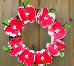 Craftberry Bush apple print wreath