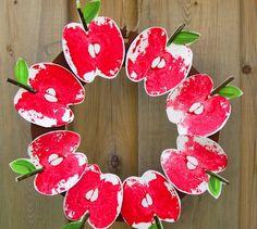 Craftberry Bush apple print wreath
