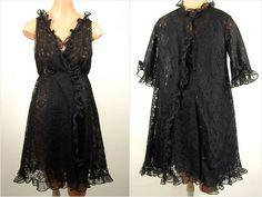 1950s Saxon black lace peignoir lingerie set m by Ambercityvintage, $199.00
