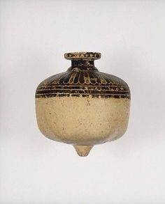 Cirinthian aryballos in the form of a pomegranate (c. 600-575 BC) - Getty Villa