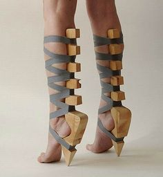 Insane High Heels That Will Make Your Feet Hurt Crazy, crazy shoesCrazy, crazy shoes Women's Shoes, Me Too Shoes, Shoe Boots, Art Shoes, Footwear Shoes, Dance Shoes, Weird Fashion, Fashion Shoes, High Fashion