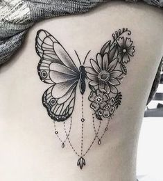 Get inspiration from these mini tattoos. - Get inspiration from these mini tattoos. Mini Tattoos, Body Art Tattoos, Small Tattoos, Sleeve Tattoos, Tattoo Femeninos, Shape Tattoo, Piercing Tattoo, Piercings, Tattoo Fonts