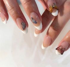 In seek out some nail designs and ideas for your nails? Here is our listing of must-try coffin acrylic nails for trendy women. Aycrlic Nails, Dope Nails, Manicures, Hair And Nails, Glitter Nails, Coffin Nails, Cute Gel Nails, Matte Nails, Nagellack Design
