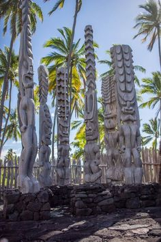 Wooden Statues at The City Of Refuge Big Island Hawaii, top 10 things to do on the big island
