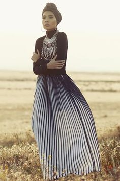 PINTEREST: @MUSKAZJAHAN - HATTA YUNA Pleated skirt