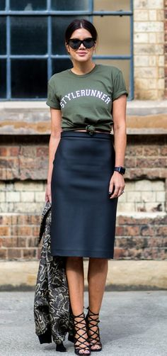 Tie Up Your Tee to Add Coolness to Your Pencil Skirt