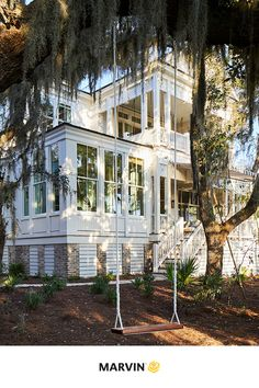 The 2019 Southern Living Idea House used Marvin windows and doors to maximize the natural light and spectacular river views in every room. 📷: Laurey W. Southern Living Rooms, Southern Living House Plans, Modern Farmhouse Exterior, Country Farmhouse Decor, Country Houses, Old Southern Homes, Antebellum Homes, Dream Beach Houses, Modern Architecture House