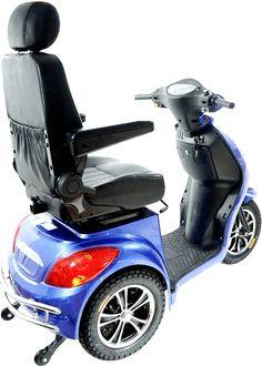 Scooter elettrico per anziani e disabili robusto e veloce con il design di un classico scooter in modo da passare inosservati
