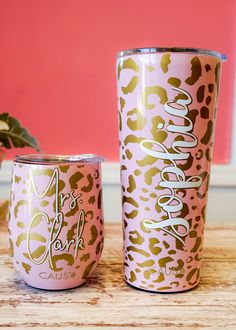 This is one of our favorite new prints! Get one of each, the wine tumbler and the large travel cup, and they make a great gift set! Each tumbler has a lid with a slide tab that helps keep the temperature regulated and spills from occurring. They also have a soft foam bottom that grips the surface which also helps to prevent it from sliding around and spilling. Keeps hot drinks hot for 6 hours, cold drinks cold for 12 hours! Choose from the wine or tall tumbler shape. Wine tumbler holds : 10… Mom Tumbler, Coffee Tumbler, Tumbler Cups, Coffee Mugs, Diy Tumblers, Personalized Tumblers, Insulated Tumblers, Personalized Gifts, Christmas Gifts For Mom