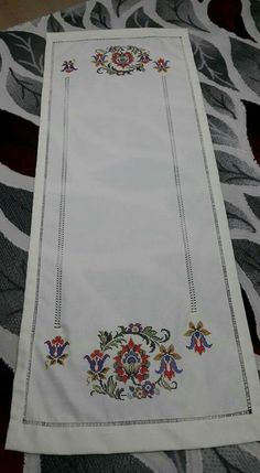 This Pin was discovered by Ayş Crewel Embroidery Kits, Embroidery Patterns, Cross Stitch Borders, Cross Stitch Patterns, Cross Stitches, Hem Stitch, Borders And Frames, Crochet Tablecloth, Bargello