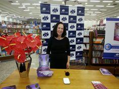 ♥ SUCESSO o Lançamento do Livro de Marilina Baccarat de Almeida Leão em Londrina ♥  http://paulabarrozo.blogspot.com.br/2014/05/sucesso-o-lancamento-do-livro-de.html