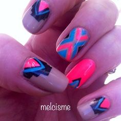 Neon tribal nails by @melcisme on IG