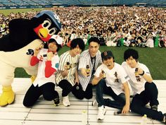 Tatsuhisa Suzuki, Stage Play, Kawaii, Voice Actor, Actors, Japanese Artists, The Voice, Mickey Mouse, Disney Characters