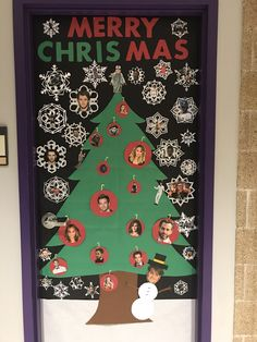 Kate's athletic department brought their A-game to this holiday door decorating contest! Christmas Bulletin Board Decorations, Christmas Door Decorating Contest, St Kates, Door Ideas, Dorm, Athletic, Crafty, Game, Holiday Decor