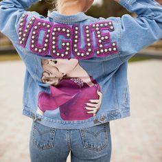 Tipps um Jeansjacken zu individualisieren | POPSUGAR Deutschland