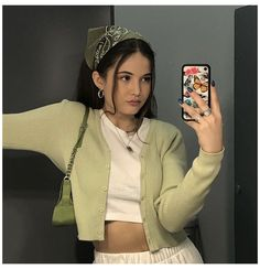 green outfit - brandymelville Source by melv. - green outfit – brandymelville Source by melville outfits aest - Komplette Outfits, Retro Outfits, Vintage Outfits, Casual Outfits, Fashion Outfits, Outfits With Bandanas, School Outfits, Smart Casual Outfit, Dress Casual