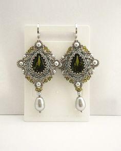 Silber Perlen Ohrringe mit Olive Swarovski-Kristallen