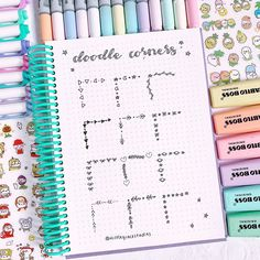 aesthetic notes Are you excited to go back to school? today I want to show you some more doodle corner ideas that you can recreate in your bullet journal Bullet Journal Headers, Bullet Journal Banner, Bullet Journal Writing, Bullet Journal 2020, Bullet Journal Aesthetic, Bullet Journal Ideas Pages, Bullet Journal Layout, Bullet Journal Inspiration, Kalender Design