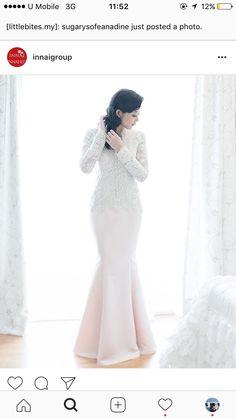 Malay Wedding Dress, Wedding Attire, Wedding Dressses, Akad Nikah, Hijab Bride, Muslim Brides, Wedding Inspiration, Fashion Inspiration, Dream Dress