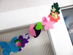 Una guirnalda siempre es el complemento perfecto en la decoración Etsy, Garlands, Costumes, Handmade Gifts, Fiestas, Hand Made