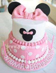 minnie mouse birthday cake, baby shower for disney lover? could make it mickey for a boy.