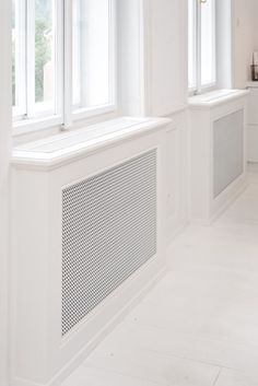 art-nouveau-ap-masked-radiators - Home Decorating Trends - Homedit Return Air Grill, Modern Radiator Cover, Decorative Radiators, Bay Window Living Room, Built In Furniture, Design Case, Interior Design Inspiration, Art Nouveau, New Homes